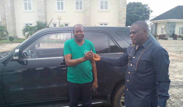 Innoson Gives Out Brand New IVM G5 and Salary For Life